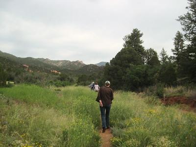 _6147 21June2014 Aikens Canyon hike, narrow path