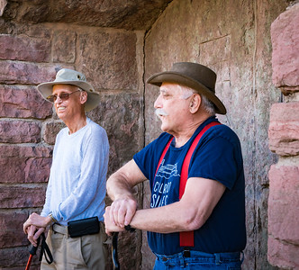 Hike-Monument-Valley 5-16-17 Howard n Jim-07688