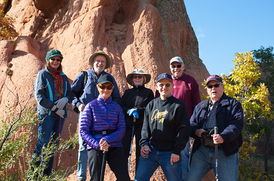 Here we are: The Red Rockers!! Excellent autumn weather! Excellent place to be outdoors! And an excellent group of hiking companions to enjoy it all!