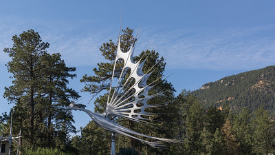 Starr Kempf ~ His kinetic wind sculptures were designed to exhibit graceful movement and interaction with the wind, and took the form of birds and wind vanes, often soaring to more than fifty feet in height.  A few miles before the Seven Bridges Trail