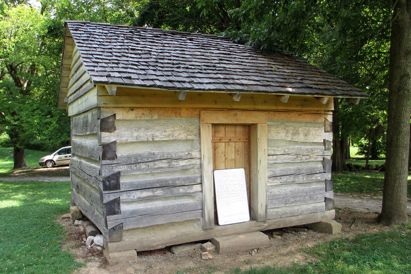 <b>McGee Cabin</b> - This is a reconstruction of the cabin lived in by Ben and Venus McGee, African-American indentured servants of George Rogers Clark.  The cabin would have been originally located nearby in a small freed-slave community named Guinea Bottoms which was one of the first free-slave communities in the Northwest Territories.  The community survived for over 100 years, from 1802 to 1920...