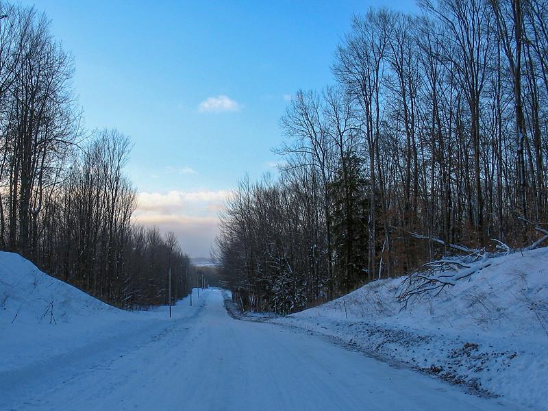 Kipp Road near the trailhead...