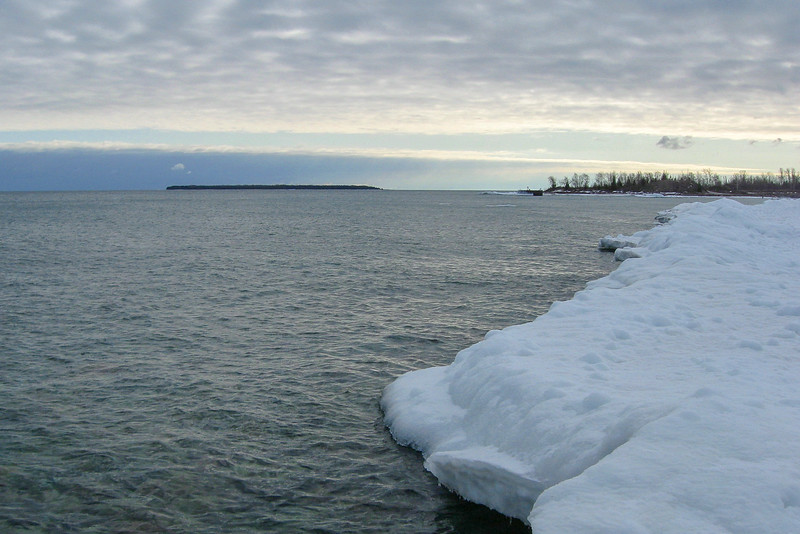 The water here is quite shallow so I felt pretty comfortable wandering out to the edge of the ice...here I'm looking back towards the entrance to the old harbor...
