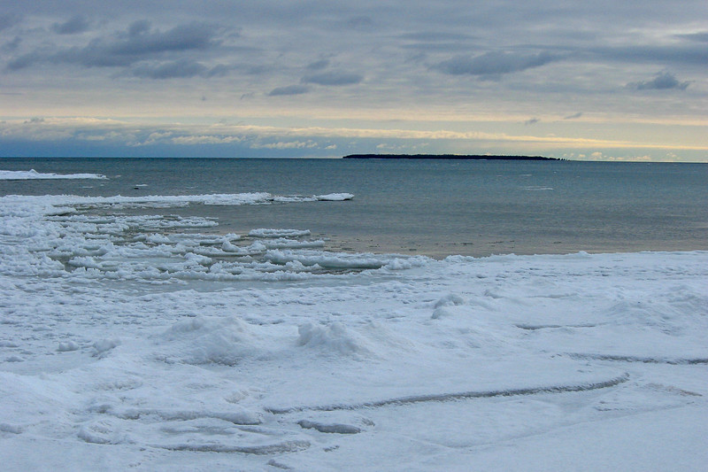 Middle Island from just south of Ferron Point...