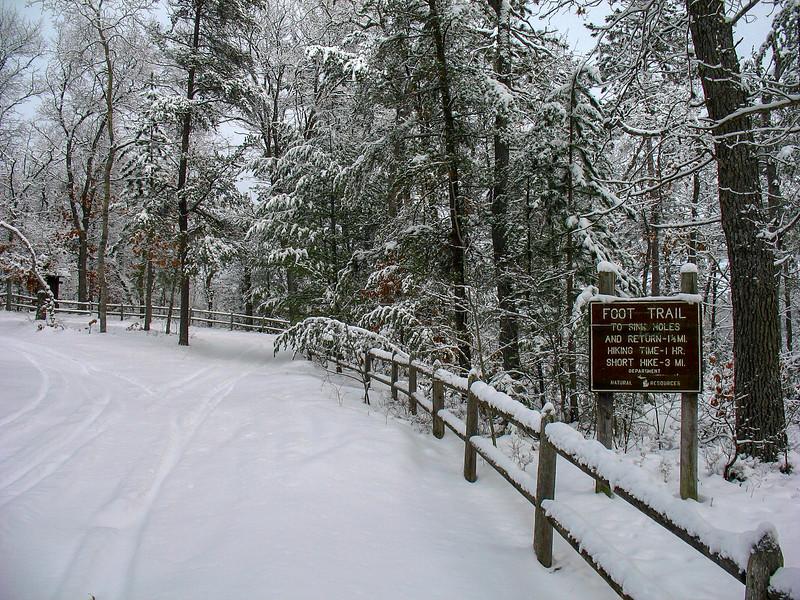 Sinkholes Pathway Trailhead