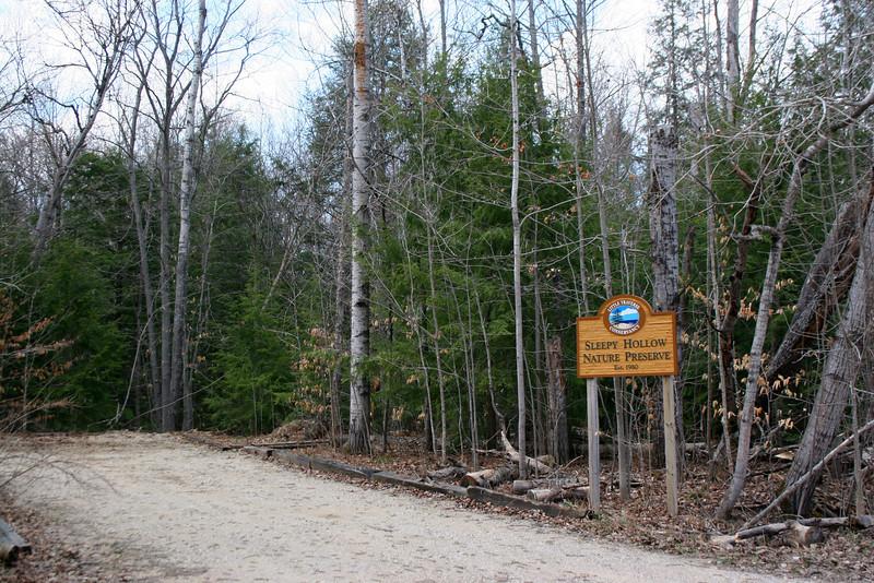 Sleepy Hollow Nature Preserve Trailhead