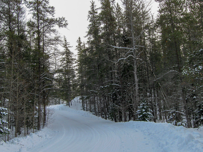Crow Lake Pathway Trailhead