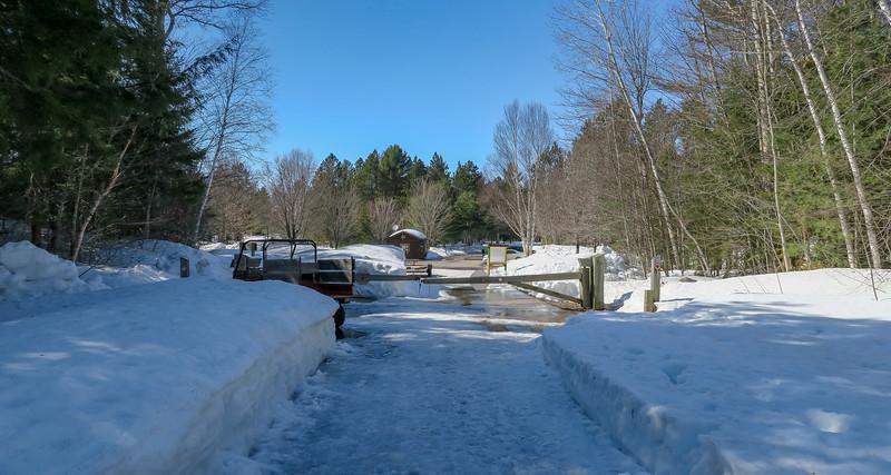 Lower Falls Access Road