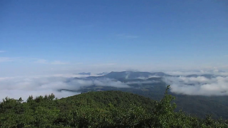 If ya liked the pics, try out the video!  A 360-degree look around the summit of Rabun Bald (4,696')...