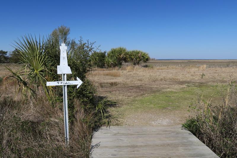 Lighthouse Overlook Trailhead
