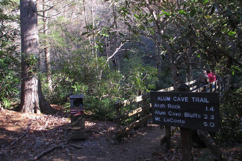 Alum Cave Trailhead