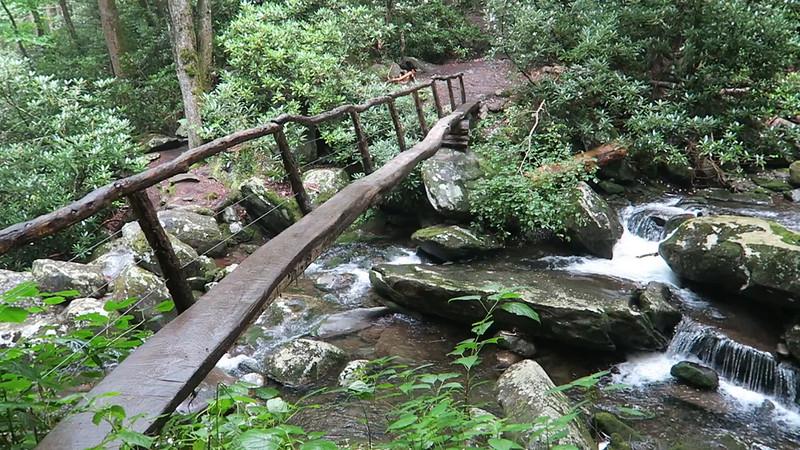 Ramsey Cascades Trail - 2,980'