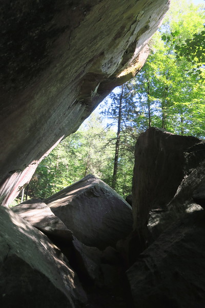 Painted Cliffs (Echo Rock)