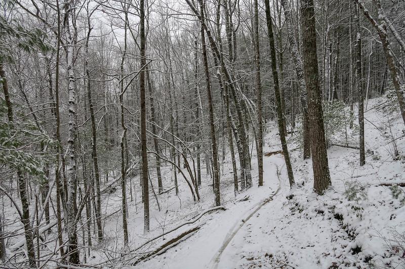 Ridgeline Trail -- 2,640'