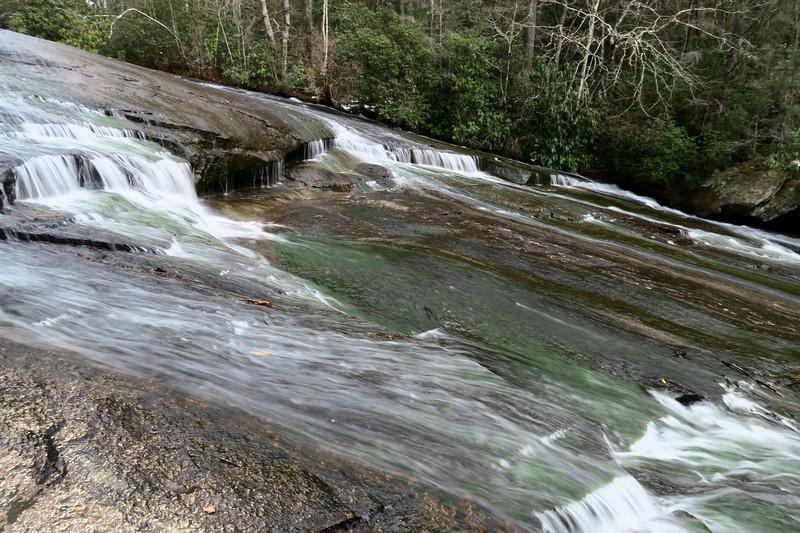 Grassy Creek Falls  -- 2,460'