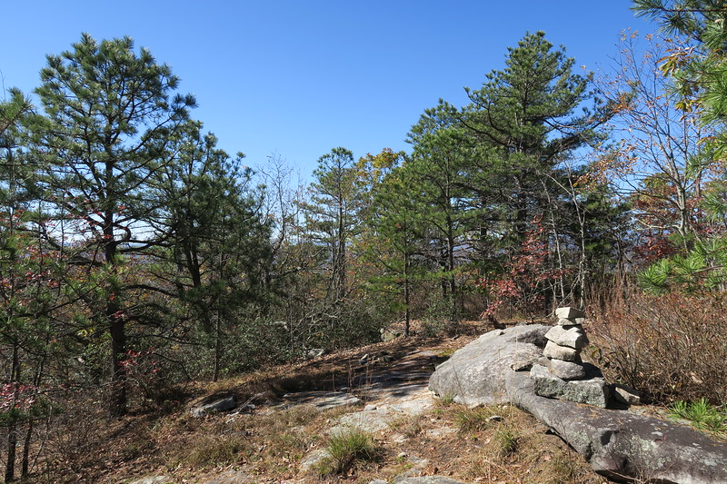 Stone Mountain North Cliff Path --  3,640'