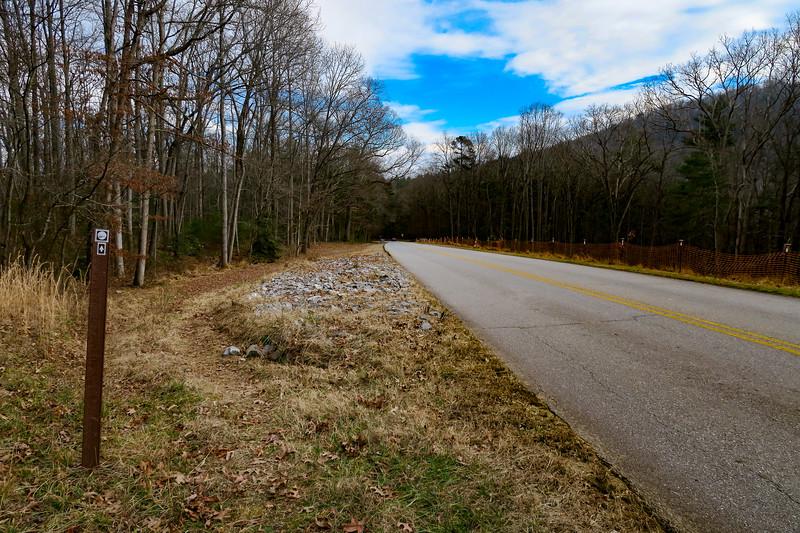 Mountains-to-Sea Trail (Blue Ridge Parkway) -- 2,250'