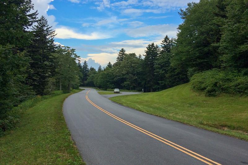 Balsam Gap (Walker Knob Overlook) Trailhead - 5,317'