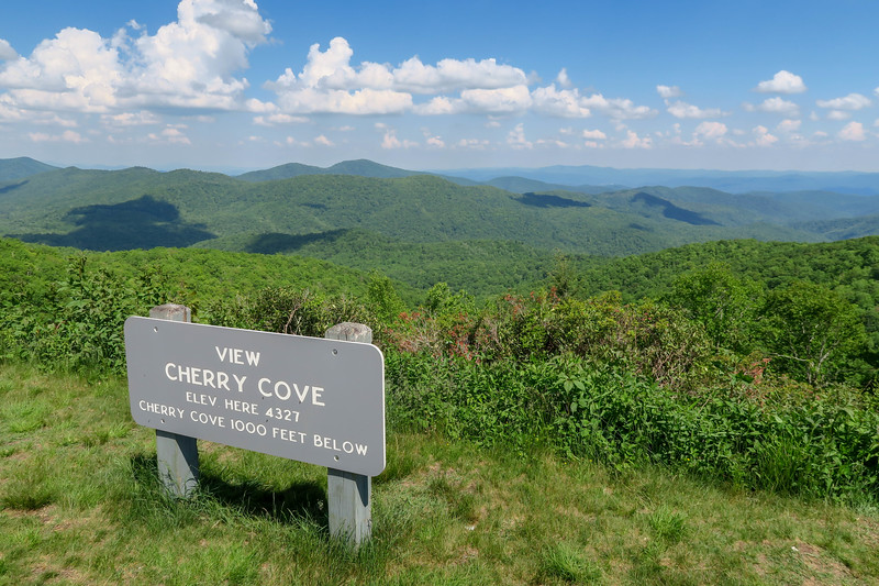 Cherry Cove Overlook -- 4,327'