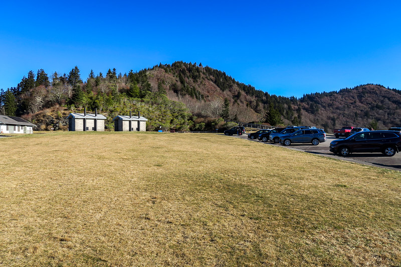 Waterrock Knob Parking Area -- 5,820'