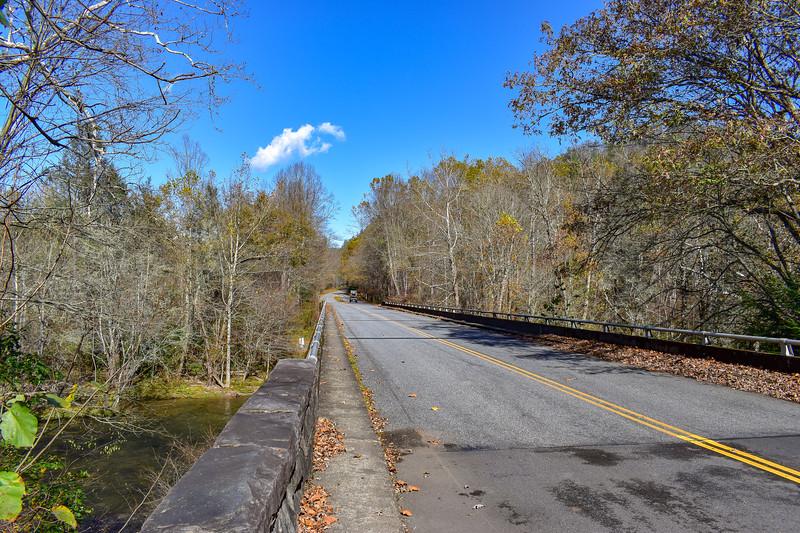 Blue Ridge Parkway/M.S.T. -- 2,000'