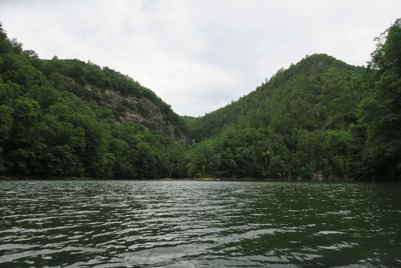 Bear Creek Lake (River Cliffs Area)