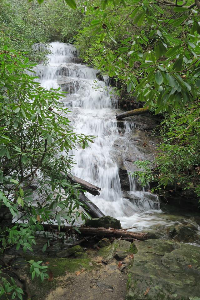 Trailside Falls - 3,000'
