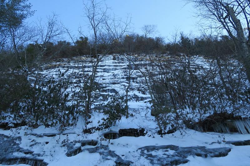Whiteside Mountain Loop Trail -- 4,560'