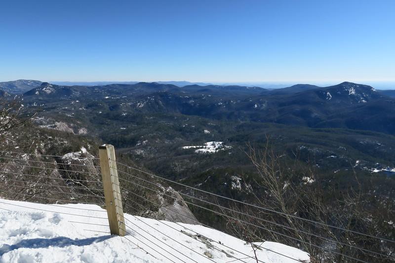 Whiteside Mountain Loop Trail -- 4,860'