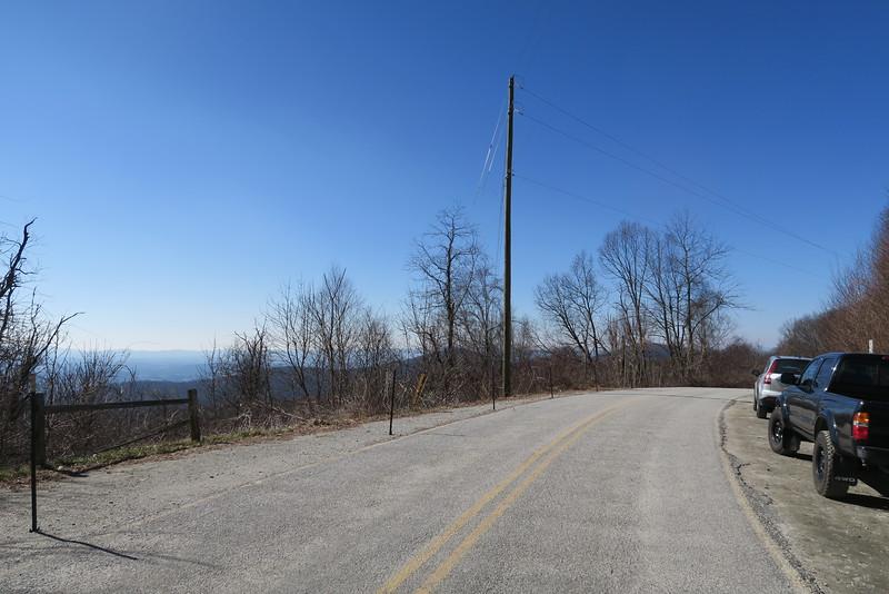Bearwallow Gap Trailhead - 3,630'