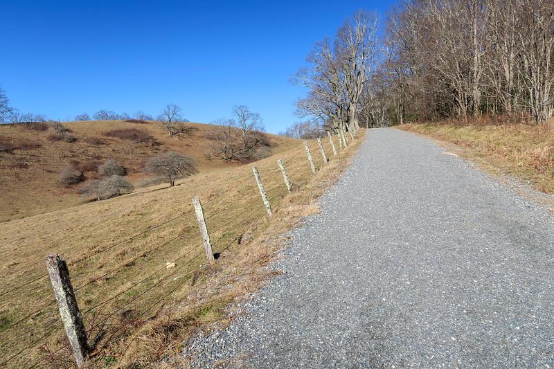 Flat Top Road -- 4,000'