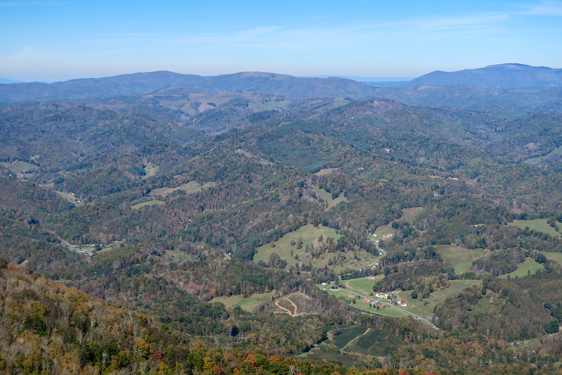 Pond Mountain/Tri-State View