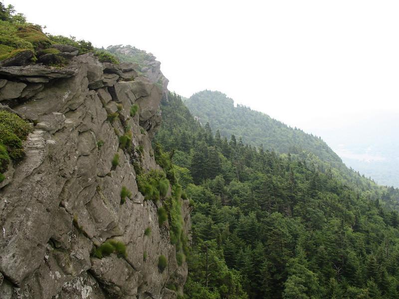 Looking back along the cliffs of Attic Window Peak.