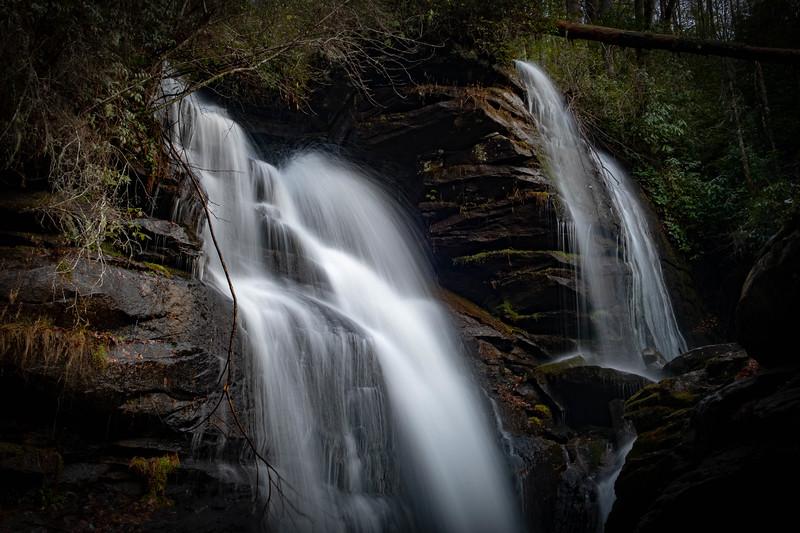 Reece Place Falls -- 2,620'