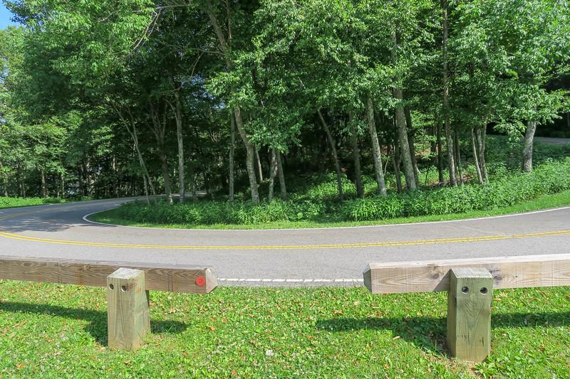 Mountain Ridge Trail -- Sunrise Overlook -- 4,100'