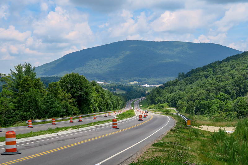 Mount Jefferson from US-221