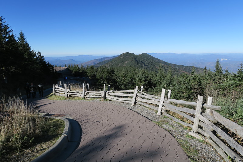 Mount Mitchell Summit Trail -- 6,600'