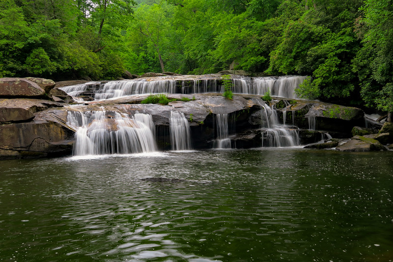 Gorges State Park - Stairway & Sidepocket Falls  (3.6 miles; d=5.40)
