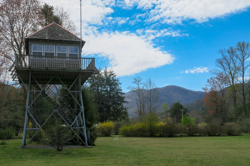 Little Snowball Lookout Tower (Big Ivy Historical Campus) -- 2,300'