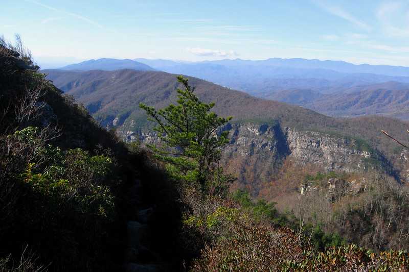Table Rock Summit Trail -- 3,900'