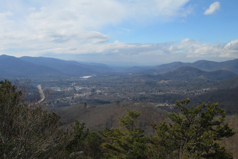 Rattlesnake Mountain summit (3,540')...a thousand feet below me to the west was the town of Black Mountain, nestled into the Swannanoa River Valley which continues off to the west in the direction of Asheville...