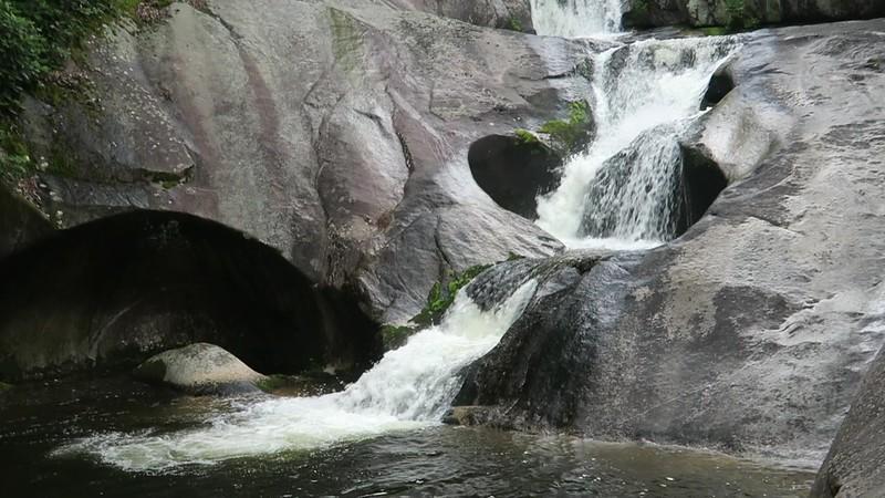 Steels Creek Falls
