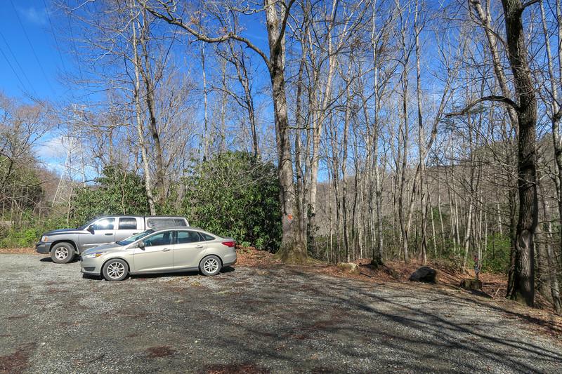 Buckhorn Gap Trailhead @ F.R. 477 -- 2,600'