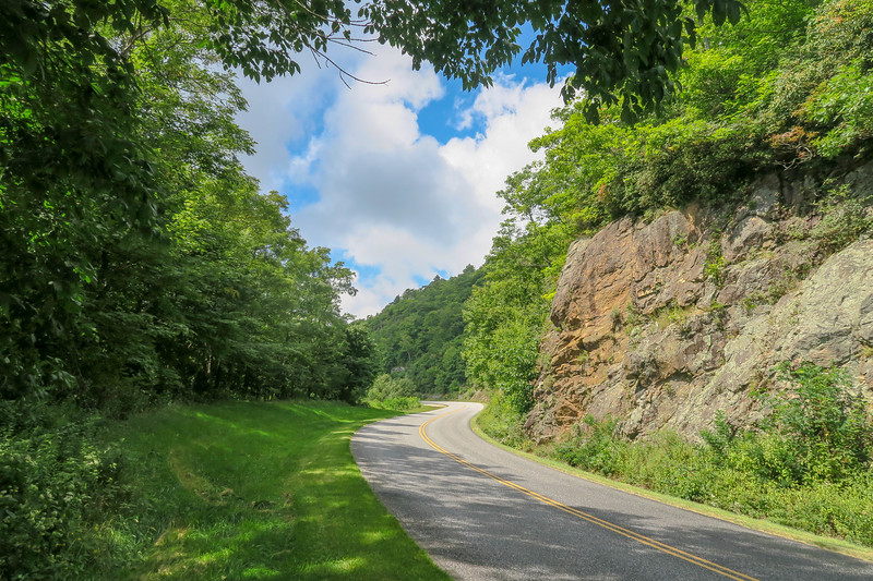 Blue Ridge Parkway -- 4,850'