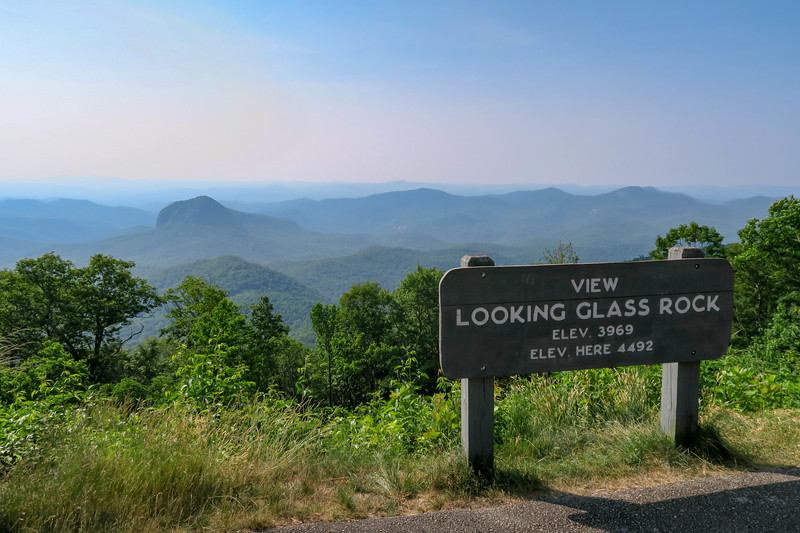 Looking Glass Rock Overlook (Blue Ridge Parkway) -- 4,492'