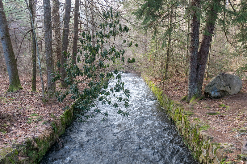 Bent Creek -- 2,100'