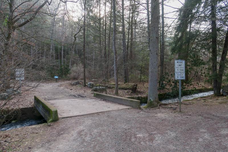 Hardtimes Road -- 2,100'
