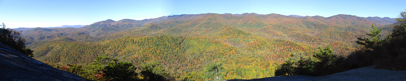 15 miles and 4000 vertical feet of color...