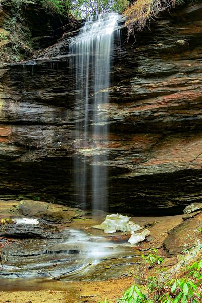 Moore Cove Falls -- 2,600'
