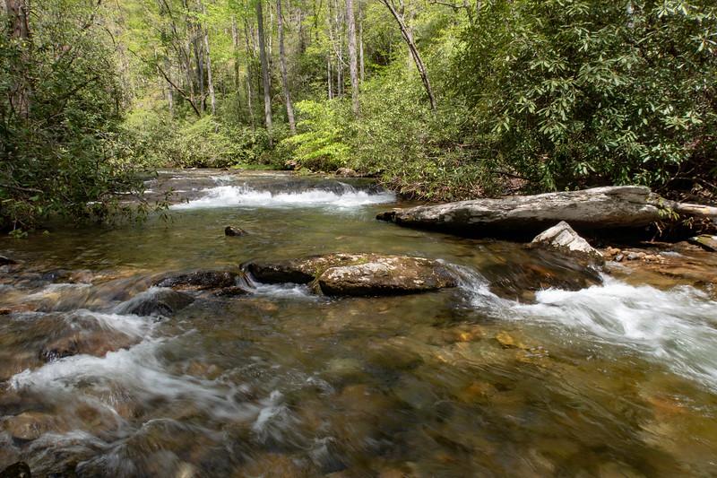 Bradley Creek @ Ford #8 (SB)/#7 (NB) -- 2,470'